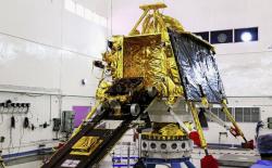 """数次推迟后,印度成功发射""""月船2号""""月"""
